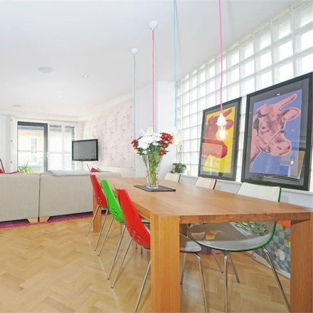 Rent this 2 bed apartment on Magdalen House in 136-148 Tooley Street, London SE1 2TU