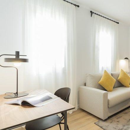 Rent this 1 bed apartment on Calle de Rafael de Riego in 28001 Madrid, Spain