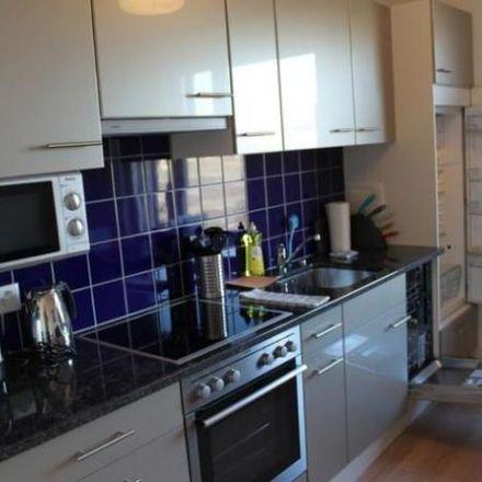 Rent this 2 bed apartment on Garage Pneuhaus Vilarino Rodriguez in Hohlstrasse 413, 8048 Zurich