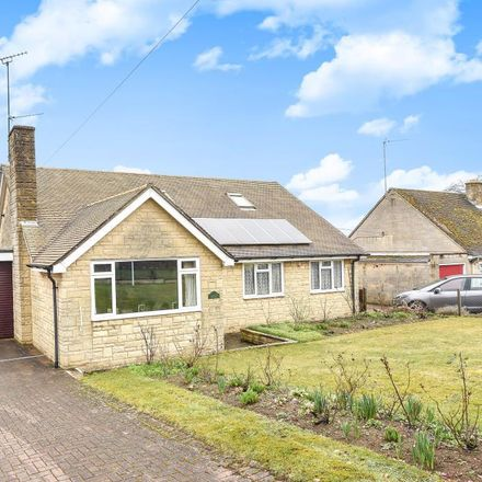 Rent this 3 bed house on Middle Barton Primary School in 27 Church Lane, Steeple Barton OX7 7BX