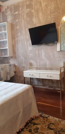 Rent this 3 bed room on Calle Juan de la Cosa in 11, 39004 Santander