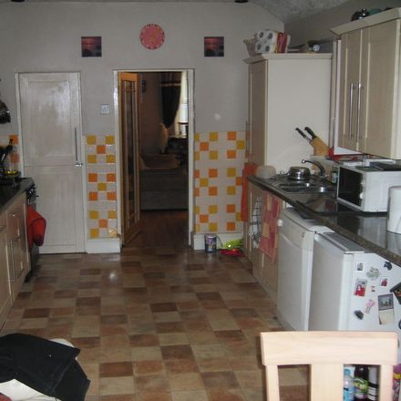 Rent this 2 bed house on Tregof in Llansamlet, WALES