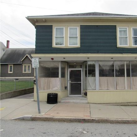 Rent this 3 bed apartment on 69 Warren Avenue in East Providence, RI 02914