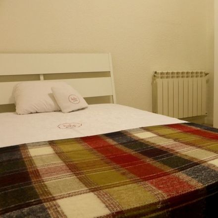 Rent this 0 bed room on Calle del Conde de Aranda in 15, 28001 Madrid