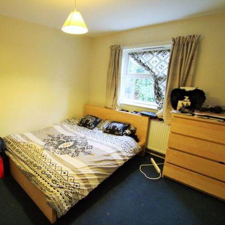 Rent this 2 bed apartment on Beechwood Garage in Ashville Road, Leeds LS4 2LJ
