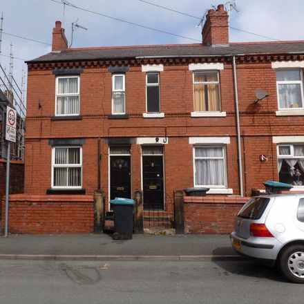 Rent this 2 bed house on Edward Street in Wrexham LL13 7RY, United Kingdom