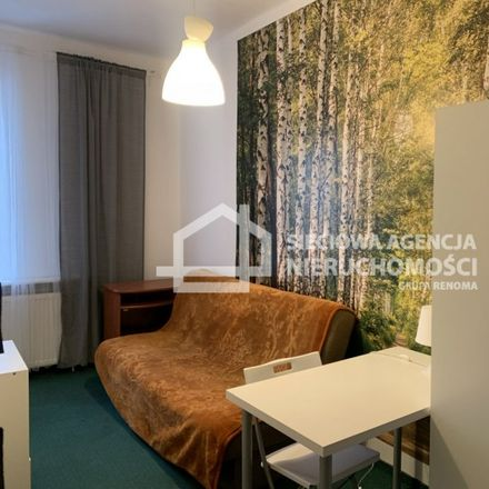 Rent this 6 bed apartment on Stefana Żeromskiego 31 in 81-369 Gdynia, Poland