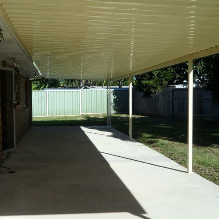 Rent this 3 bed house on Deception Bay