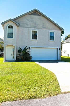 Rent this 3 bed house on Travelers Way in Saint Simons Island, GA