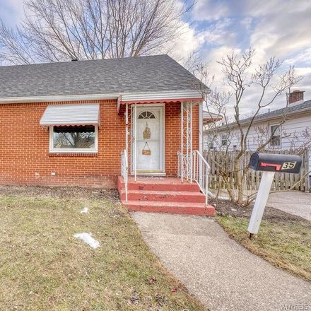 Rent this 3 bed house on 35 Colonial Drive in Tonawanda, NY 14150