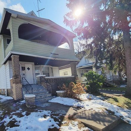 Rent this 4 bed duplex on 3315 East 145th Street in Cleveland, OH 44120