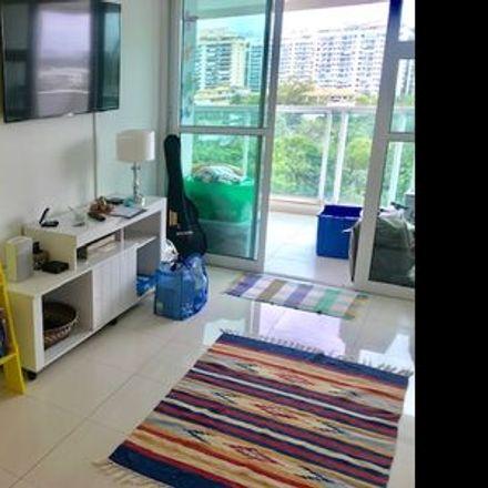 Rent this 1 bed room on Lumina Work Station in Avenida Embaixador Abelardo Bueno 3180, Jacarepaguá