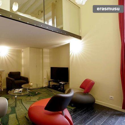 Rent this 2 bed apartment on 1 Rue des Petits Carreaux in 75002 Paris, France