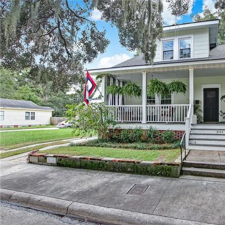 Rent this 4 bed house on Tennessee Avenue in Savannah, GA 31404