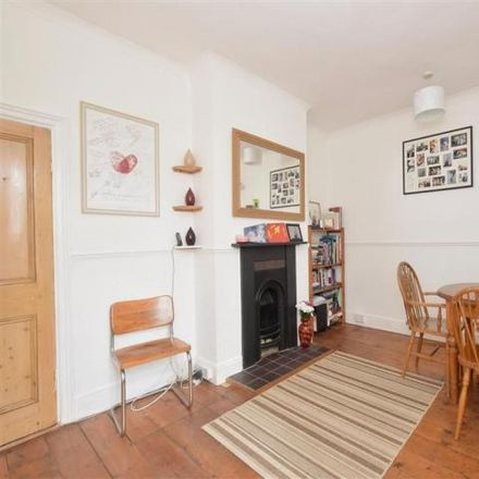 Rent this 2 bed house on Wymering Road in Portsmouth PO2 7HW, United Kingdom