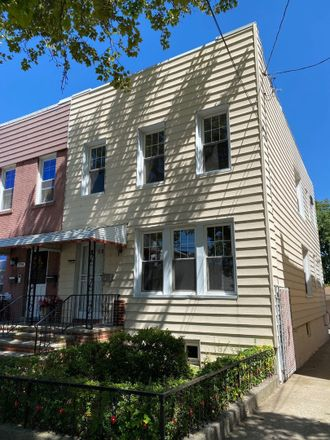 Rent this 4 bed townhouse on 292 Logan Avenue in New York, NY 10465