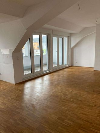 Rent this 2 bed loft on Pellinger Straße 53 in 54294 Trier, Germany