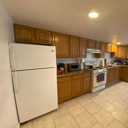 Rent this 3 bed apartment on 323 Grand Street in Hoboken, NJ 07030