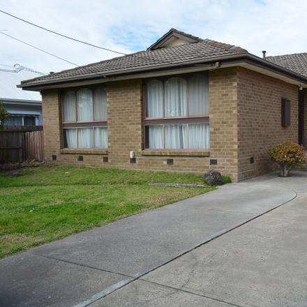 Rent this 3 bed house on 127 Taylors Road
