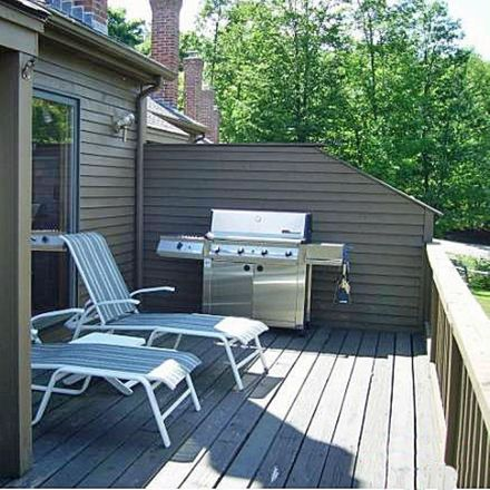 Rent this 3 bed townhouse on 61 Woodbury Drive in Bristol, NH 03222