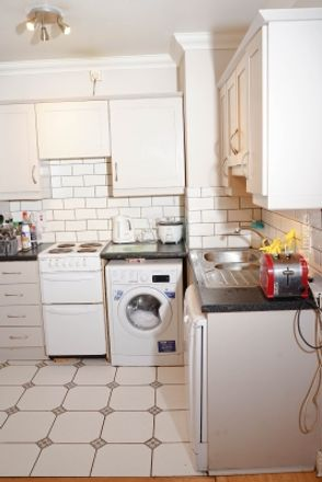 Rent this 1 bed apartment on Rope Walk Place in Pembroke East ED, Dublin
