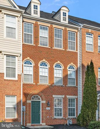 Rent this 3 bed townhouse on 14502 Kentish Fire Street in Gainesville, VA 20155