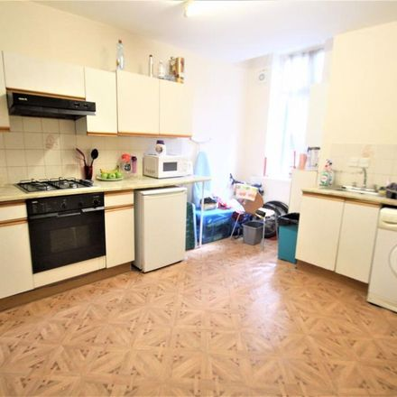 Rent this 2 bed apartment on 8 North Hill Road in Leeds LS6 2EN, United Kingdom