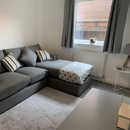 Rent this 2 bed apartment on Springfield Gardens in Inverness IV3 5SL, United Kingdom