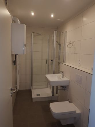 Rent this 3 bed apartment on Hohenfelder Straße 14 in 56068 Koblenz, Germany