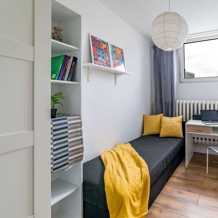 Rent this 7 bed room on Aleja Jana Pawła II 20 in 00-133 Warsaw, Poland