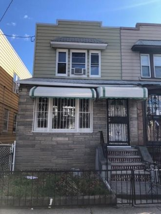 Rent this 3 bed house on 983 Brooklyn Avenue in New York, NY 11203