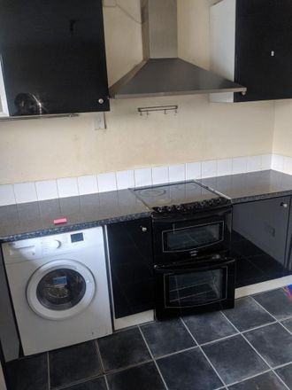 Rent this 2 bed apartment on Causeway Green Primary School in Penncricket Lane, The Ashes B68 8LX
