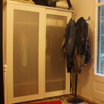 Rent this 5 bed room on La Rambla in 124, 08002 Barcelona
