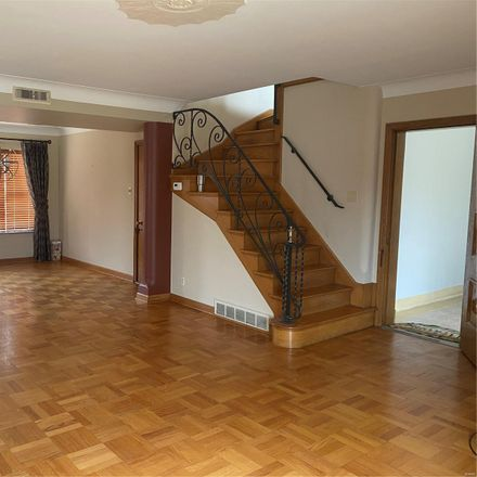 Rent this 3 bed apartment on 6401 Jamieson Avenue in St. Louis, MO 63109