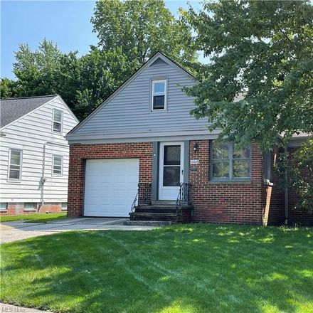Rent this 3 bed house on 10065 Beaconsfield Drive in Parma Heights, OH 44130