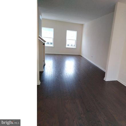 Rent this 3 bed townhouse on E State St in Doylestown, PA