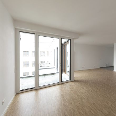 Rent this 4 bed apartment on Pfaffengrunder Terrasse in 69115 Heidelberg, Germany