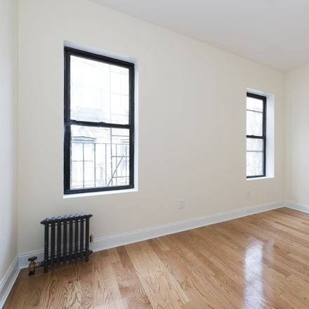 Rent this 3 bed apartment on 3147 Broadway in New York, NY 10027