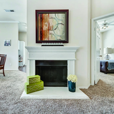 Rent this 1 bed apartment on Trammell Crow Center in 2001 Ross Avenue, Dallas