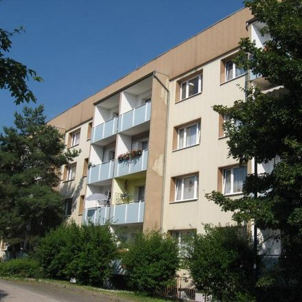 Rent this 3 bed apartment on Flemminger Weg 79b in 06618 Naumburg (Saale), Germany