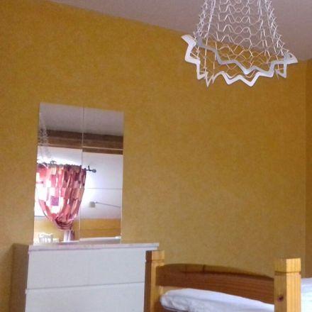 Rent this 5 bed room on Avenue Sleeckx 93 in 1030 Schaerbeek, Belgium