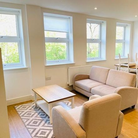Rent this 2 bed apartment on Crest View Drive in London BR5 1BU, United Kingdom