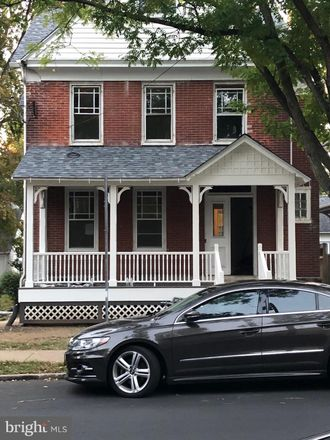 Rent this 3 bed house on 44 South Clinton Street in Doylestown, PA 18901