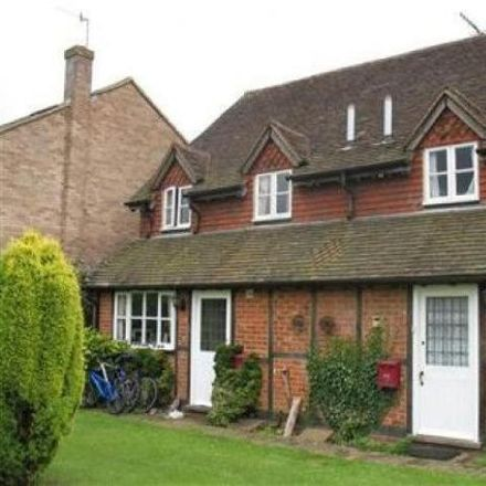 Rent this 3 bed townhouse on Horley Row in Horley RH6 8BE, United Kingdom