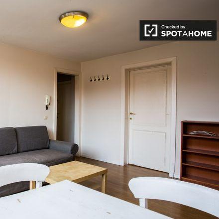Rent this 1 bed apartment on Rue de la Croix de Pierre - Stenen-Kruisstraat 30 in 1060 Saint-Gilles - Sint-Gillis, Belgium
