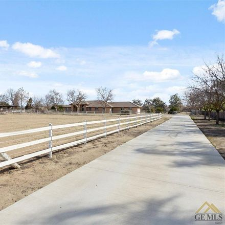Rent this 5 bed house on Nord Ave in Bakersfield, CA