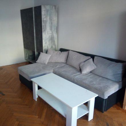 Rent this 4 bed room on Jedności Narodowej 172 in 50-304 Wrocław, Polska