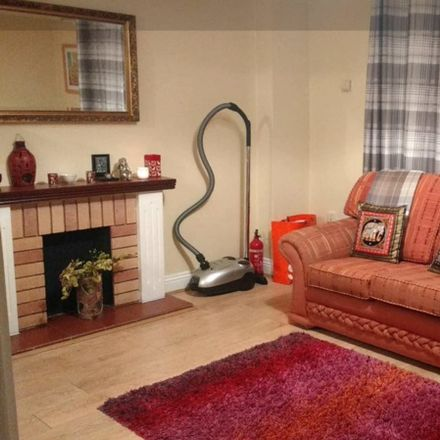 Rent this 2 bed room on 15 St Augustine St in Merchants Quay, Dublin