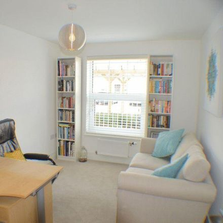 Rent this 2 bed apartment on Weir Road in Stiddard, London DA5 1LG