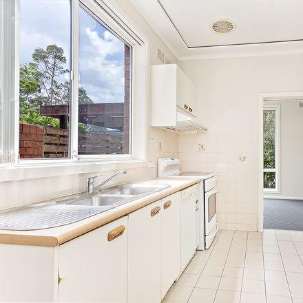 Rent this 5 bed house on 26 Lobelia Street